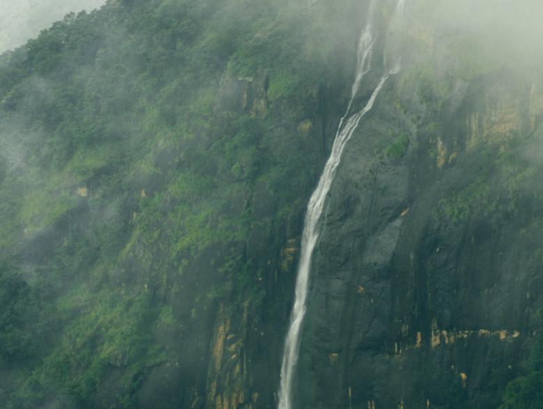 Thalaiyar Rat Tail Falls